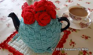 red-rose-teapot